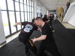SiGung David Z. breaking a knee